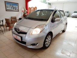 Dijual Toyota Yaris E AT 2010 Silver Metalik Km Rendah Murah di Jawa Barat