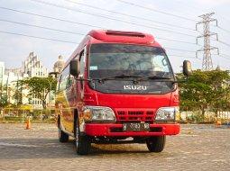 Dijual Isuzu Elf 2.8 MT Minibus Diesel 2016 di Jawa Timur