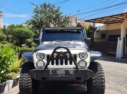 2009 Jeep Wrangler Rubicon 3.6 4D AT ASLI SWAYBAR DAN AXLELOCK Putih Surabaya