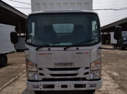 Promo Isuzu NMR 71 TSD Long + Box Besi