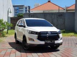 Toyota Kijang Innova Reborn Venturer