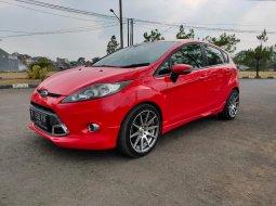 Dijual Cepat Ford Fiesta S A/T 2013 Merah di Jawa Barat