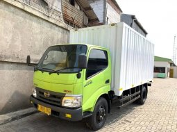 Dijual Hino Dutro 110HD Box Besi 2018 Ban BARU,BAGUS CDD/6roda di DKI Jakarta