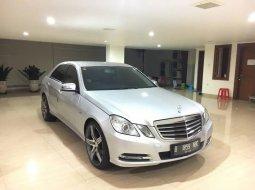 Jual Mercedes Benz E 200 2012 Low KM + Pemakaian 2013 + 9set BAN,MURAH di DKI Jakarta