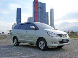 Dijual Toyota Kijang Innova G Luxury 2.0 AT 2008 Bensin Silver Surabaya