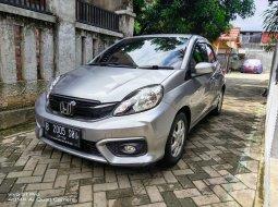 Dijual Cepat Honda Brio E 2017 Silver di DKI Jakarta