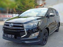 Dijual Toyota Innova Venturer 2017 Hitam di Jawa Tengah