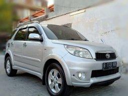 Dijual Toyota Rush S 2013 Silver di Jawa Tengah
