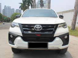 Toyota Fortuner TRD 2018 Putih