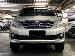 Toyota Fortuner G Lux Bensin 2013 Low KM 62RB Antik