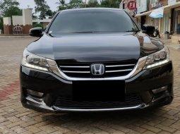 Honda Accord 2.4 VTi-L  Tangan Pertama