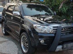 Jual Toyota Fortuner G 2011 MT ManuaL Diesel di Sumatra Barat