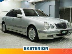 Dijual Mercedes-Benz E-Class E 240 2000 di DKI Jakarta