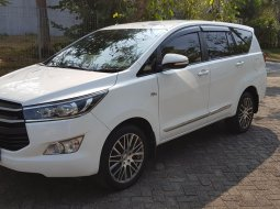 Dijual Toyota Kijang Innova 2.0 G 2016 Putih di Jawa Timur