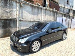 Mercedes-Benz C240 W203 2005