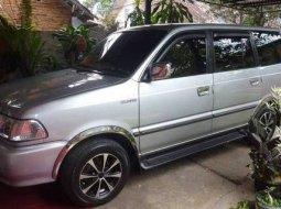 Toyota Kijang LGX 1.8 EFI MT 2002 Silver Istimewa