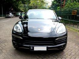Porsche Cayenne 3.6 AT 2012 Hitam