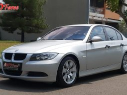BMW E90 320i 2005 ANTIK