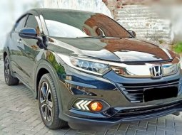 Honda HR-V E CVT Matic Tahun 2019 Hitam, Like New