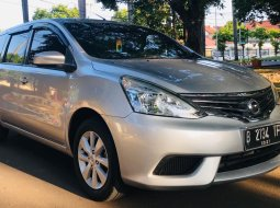 Nissan Grand Livina SV Facelife AT 2016