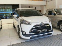 Toyota Sienta Q