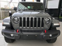 Jeep Rubicon 4d granite