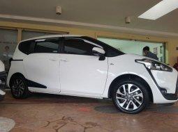 Toyota Sienta V 1.5 FULL ORI + GARANSI MESIN & TRANSMISI 1 TAHUN