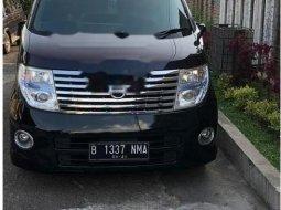 Mobil Nissan Elgrand 2007 terbaik di Jawa Barat