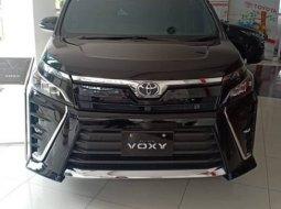 DISKON GEDE GEDEAN Toyota Voxy 2020 di Jakarta Pusat