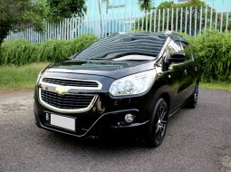 Chevrolet Spin LTZ Manual 2014 Hitam