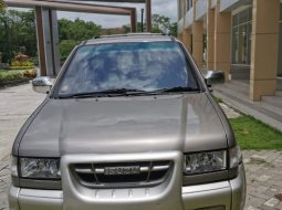 Isuzu Panther TOURING Manual 2001