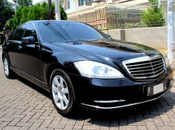 Mercedes-Benz S-Class 300 AT 2008 Sedan