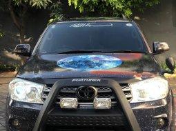 Dijual santai Fortuner G diesel matic 2010 pmk 2011