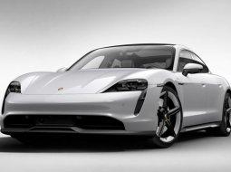 Brand New Porsche Taycan 4S
