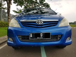 Toyota Kijang Innova 2.0 E MT Bensin Facelift 2008,True Family Legend