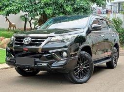 Toyota Fortuner TRD 2019 Hitam