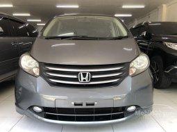 Mobil Honda Freed 2010 1.5 terbaik di Jawa Timur