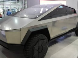 Brand New 2022 Tesla Cybertruck