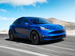 Brand New 2022 Tesla Model Y Blue on Black