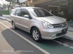 Jual mobil Nissan Grand Livina XV 2010 bekas, Jawa Timur