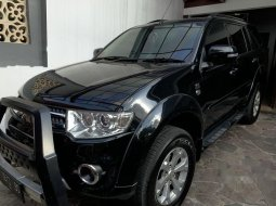 Mobil Mitsubishi Pajero Sport 2014 Dakar terbaik di Jawa Timur