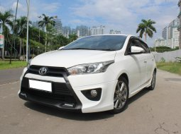 Toyota Yaris S TRD AT Putih 2015