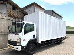 37000KM LANGKA+BanBARU,MURAH Isuzu Giga Engkel 2012 4x2 FRR90Q Box Besi