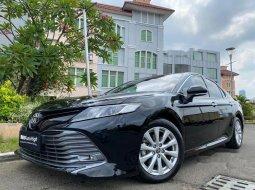 Mobil Toyota Camry 2020 V terbaik di DKI Jakarta