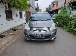Nissan Grand Livina Highway Star 2013