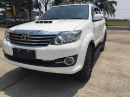Toyota Fortuner 2.5 VNT Turbo Diesel AT 2015