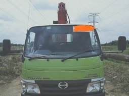 Dijual Hino Dutro Truk Crane 3.2 Ton 2016 di Riau