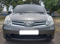 Di Jual Nissan Grand Livina SV 2011