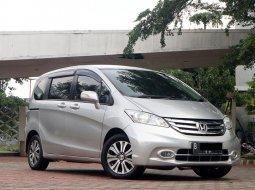 Honda Freed PSD 2014 Facelift Last Edition Low Km SIap pakai