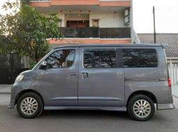 Jual mobil bekas murah Daihatsu Luxio X 2010 di Jawa Barat